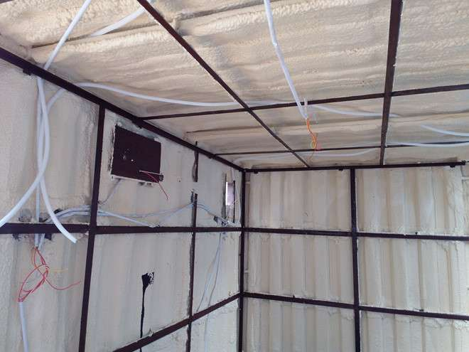 Lớp cách nhiệt nhà container